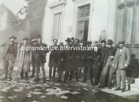 I fascisti assaltano la Casa del Popolo di Biella.